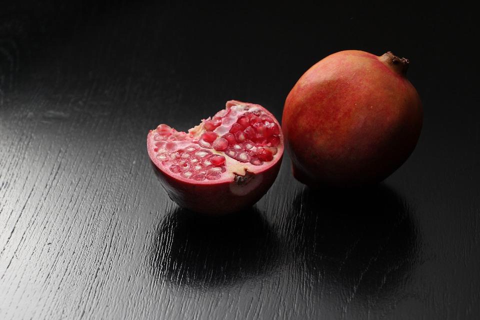 85f16b4c pomegranate 2904658 960 720
