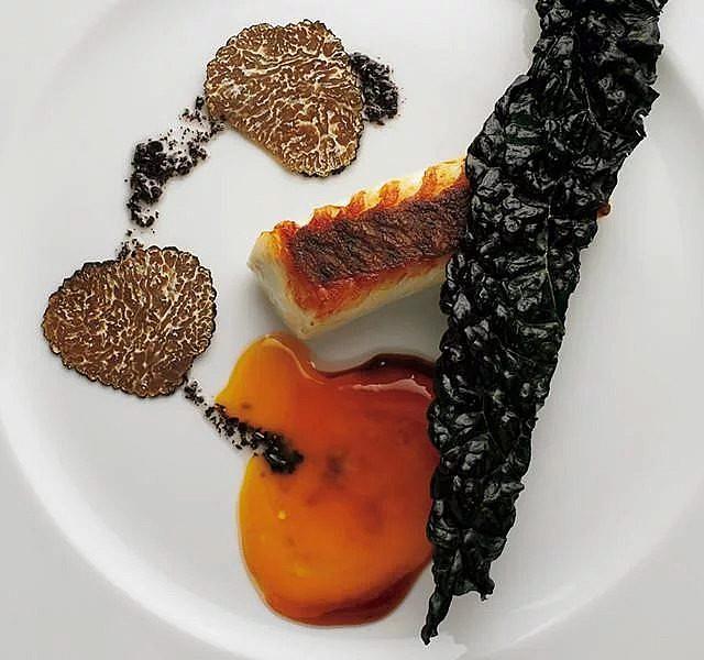 法式魚肉料理完美運用,比目魚撒鹽入味的活用手法